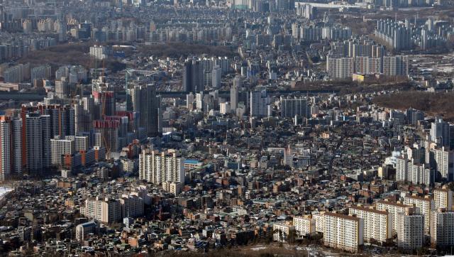"""4 일부터 유지 / 개발 지역의 집을 사면 현금 정산 """"더 이상 집을 팔거나 살 수 없다"""""""