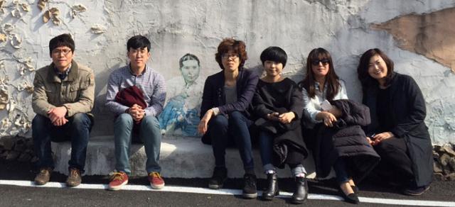 '바람의 언덕'전에 참여하는 영천예술창작스튜디오 8기 작가들.