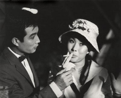 신성일과 엄앵란의 '청춘교실'(1963). 네이버 영화