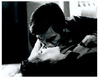 신성일, 이장호, 최인호, OST '나 그대에게 모두 드리리' 등으로 수식할 수 있는 영화 '별들의 고향'(1974). 네이버 영화
