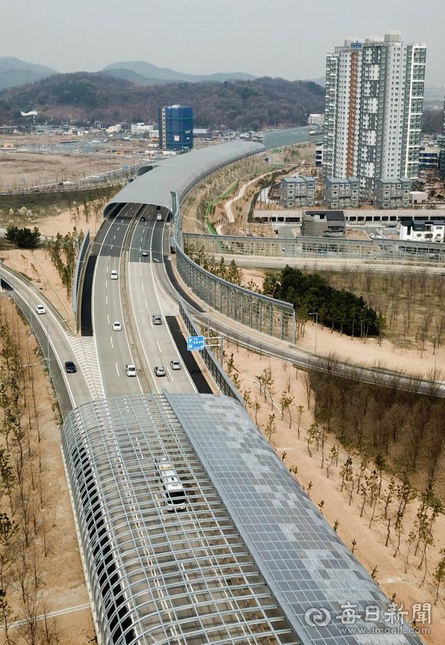 대구부산고속도로 수성 IC인근. 우태욱 기자 woo@imaeil.com