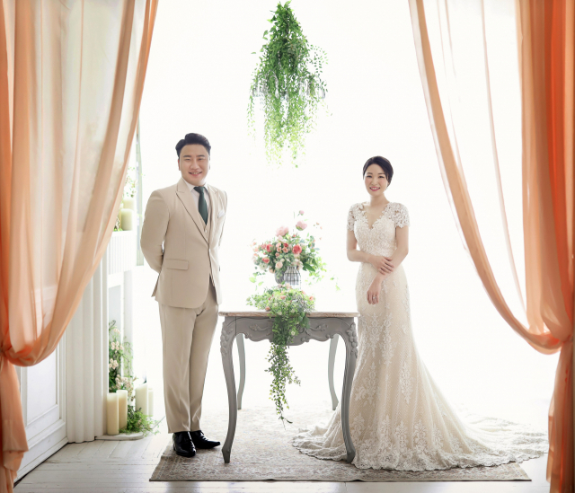 신랑 박성우·신부 이보람 결혼.2020년 10월 25일 낮 12시 대구 웨딩칼라디움 3층 콘서트홀