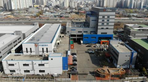 '범GS家` 대구기업 엘앤에프 허제홍 2천억대 주식부자 등극(종합)
