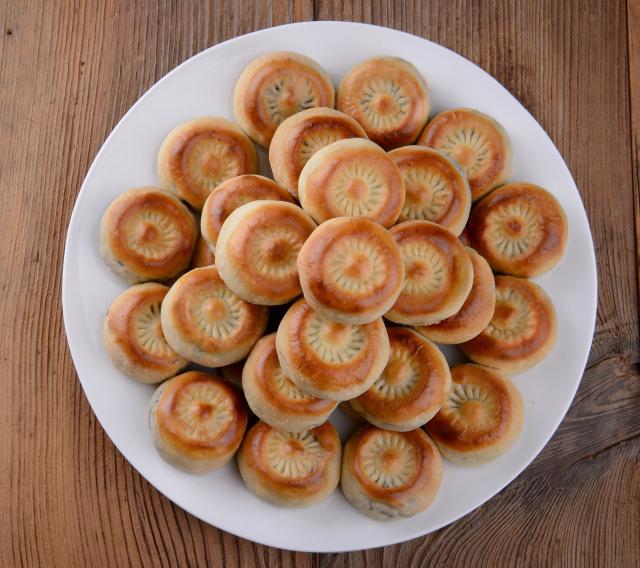 경주의 명물이자 대표적인 먹을거리로 꼽히는 황남빵.