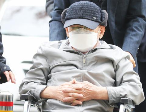 '신천지 사태로 국가 위기 직면' 檢 2심 재판서 이만희 5년 구형