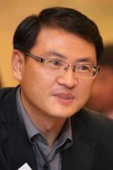 석민 디지털논설실장/ 경영학박사. 사회복지사