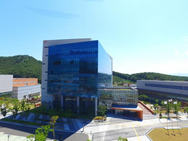 대구경북첨단의료산업진흥재단 신약개발지원센터. 대구첨복재단 제공