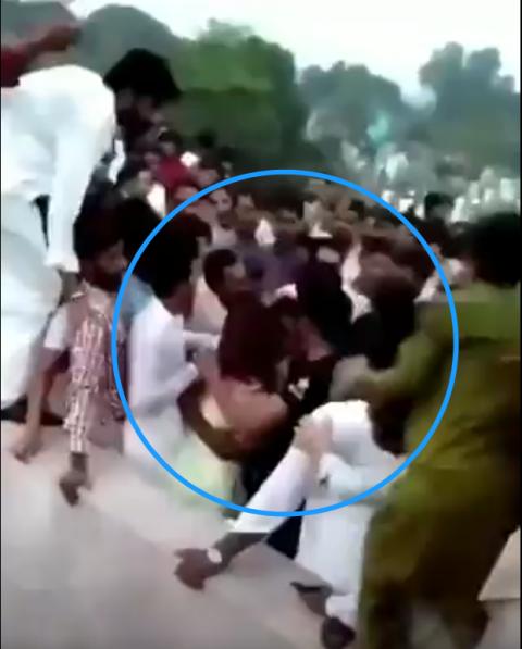 [영상] 수백명 남성에 '묻지마 폭행' 당한 파키스탄 女