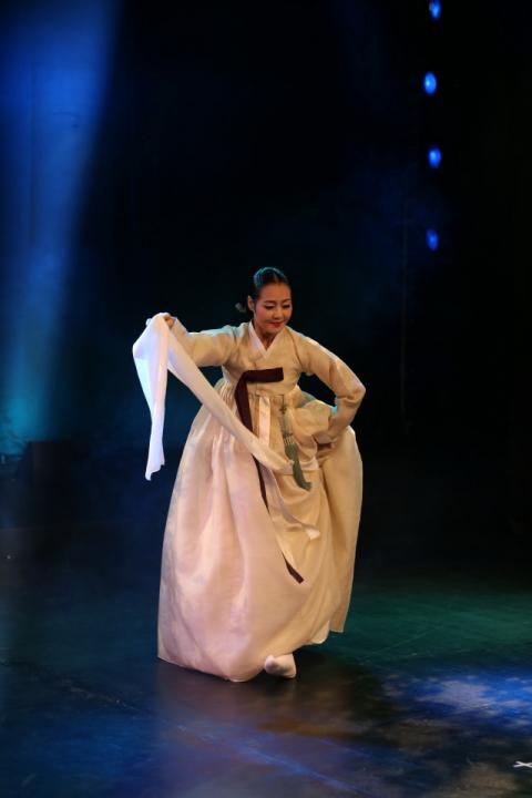 25일 수성아트피아에서 공연을 갖는 무용가 손혜영. 수성아트피아 제공