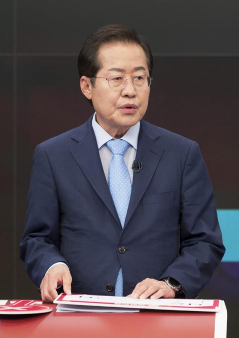 홍준표, '조국수洪' 역풍…野 주자들