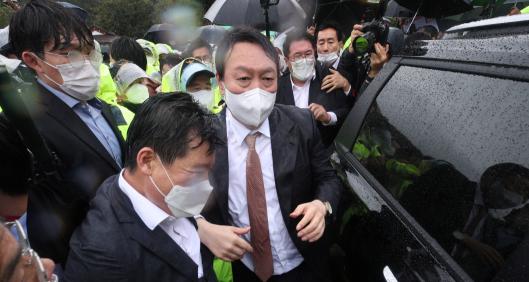 박정희 생가 찾은 윤석열…우리공화당