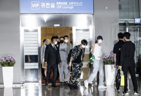 BTS(방탄소년단) 文 대통령 특사로 유엔총회 참석차 출국