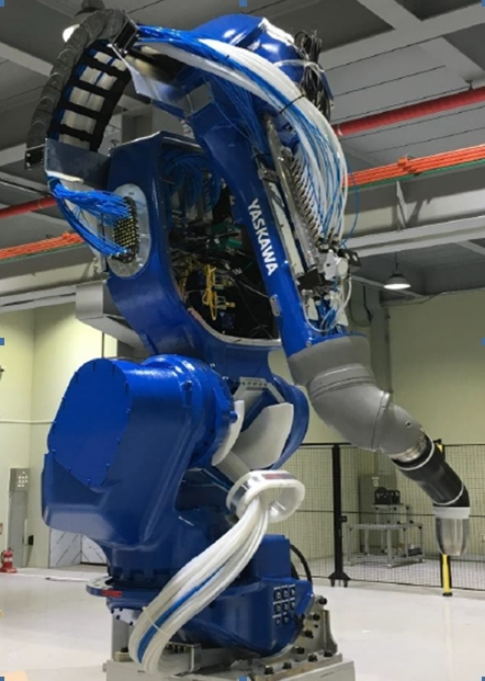 [메이드 인 대구 로봇] <6>자동차 자동으로 도장하는 로봇 'MPX3600'