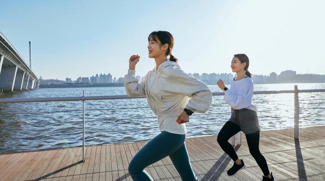 [신수정의 뷰티라이프] 운동으로 피부 건강 지키는 방법