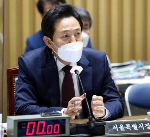 이재명 난타전된 서울시 국감…이재명 저격나선 오세훈에 與