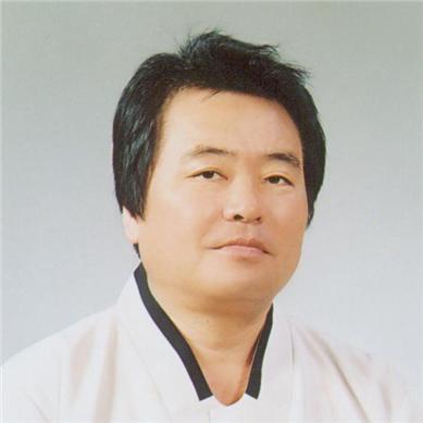청도 '이호우·이영도 시조문학상'에 강문신 시인