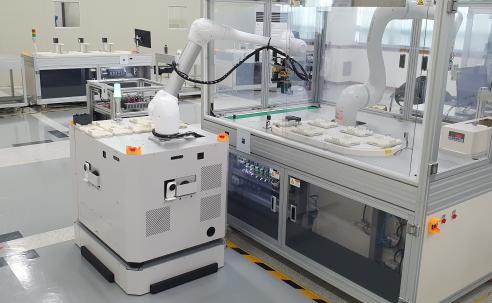 이동·일 동시에 '이동식 협동로봇'…대구 특구서 실험 中